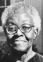 Photo of Gwendolyn Brooks